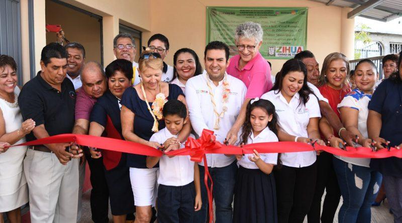 Alcalde Jorge Sánchez Allec sigue trabajando por la educación; entrega obras en tres escuelas