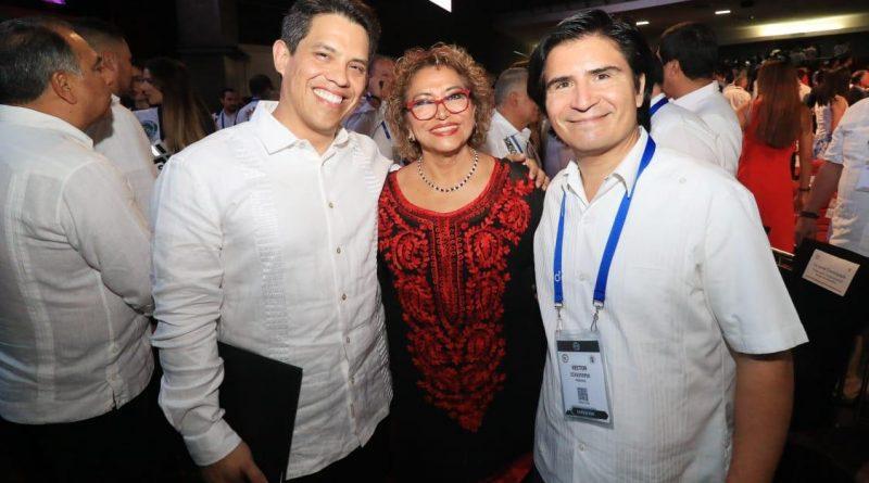 *Asiste Adela Román a la inauguración de la XXXIII Convención Internacional de Minería*